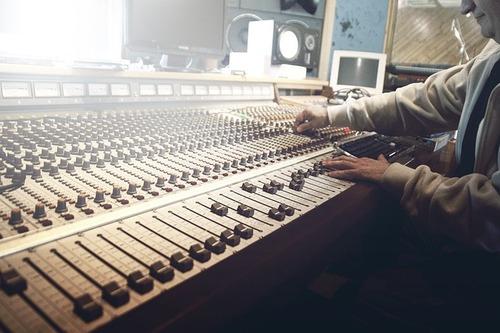 sound-studio-407216_640.jpg
